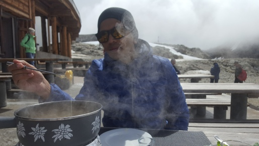 hot fondue in freezing weather!!!
